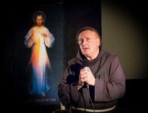 110407-881 Fr. Emmanuel 600x456